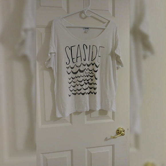 Old Navy Tops - Seaside White T-Shirt